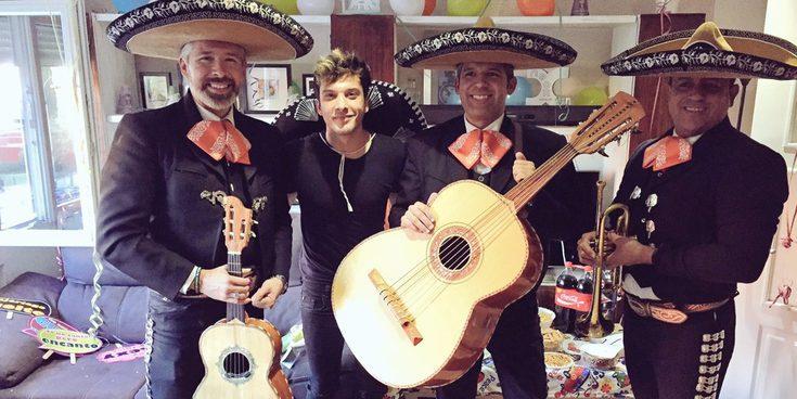 Blas Cantó celebra su 25 cumpleaños con aires mexicanos junto a Beatriz Luengo y Adriana Torrebejano