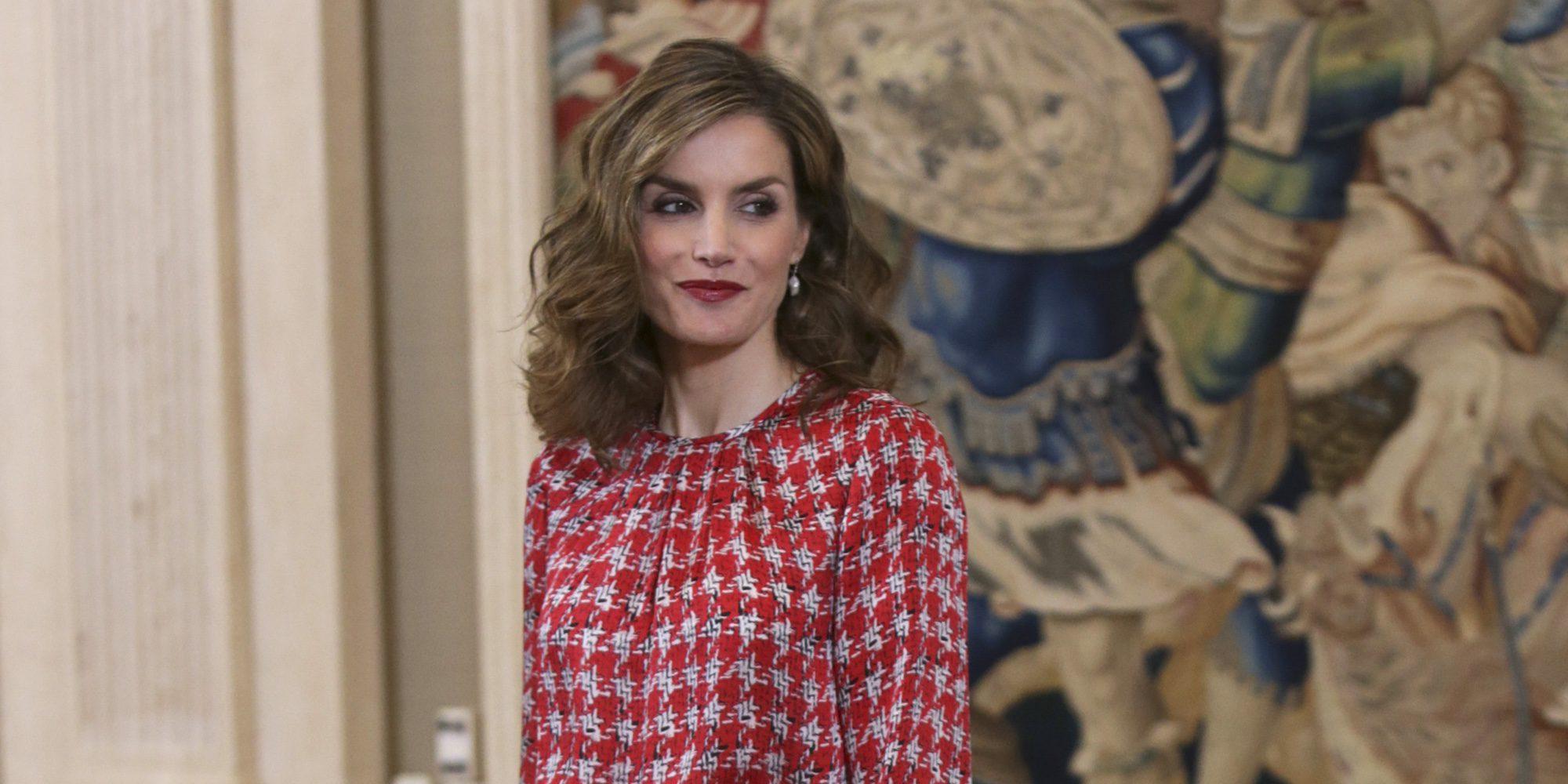 La Reina Letizia y Eva González, duelo de glamour en Zarzuela por una buena causa