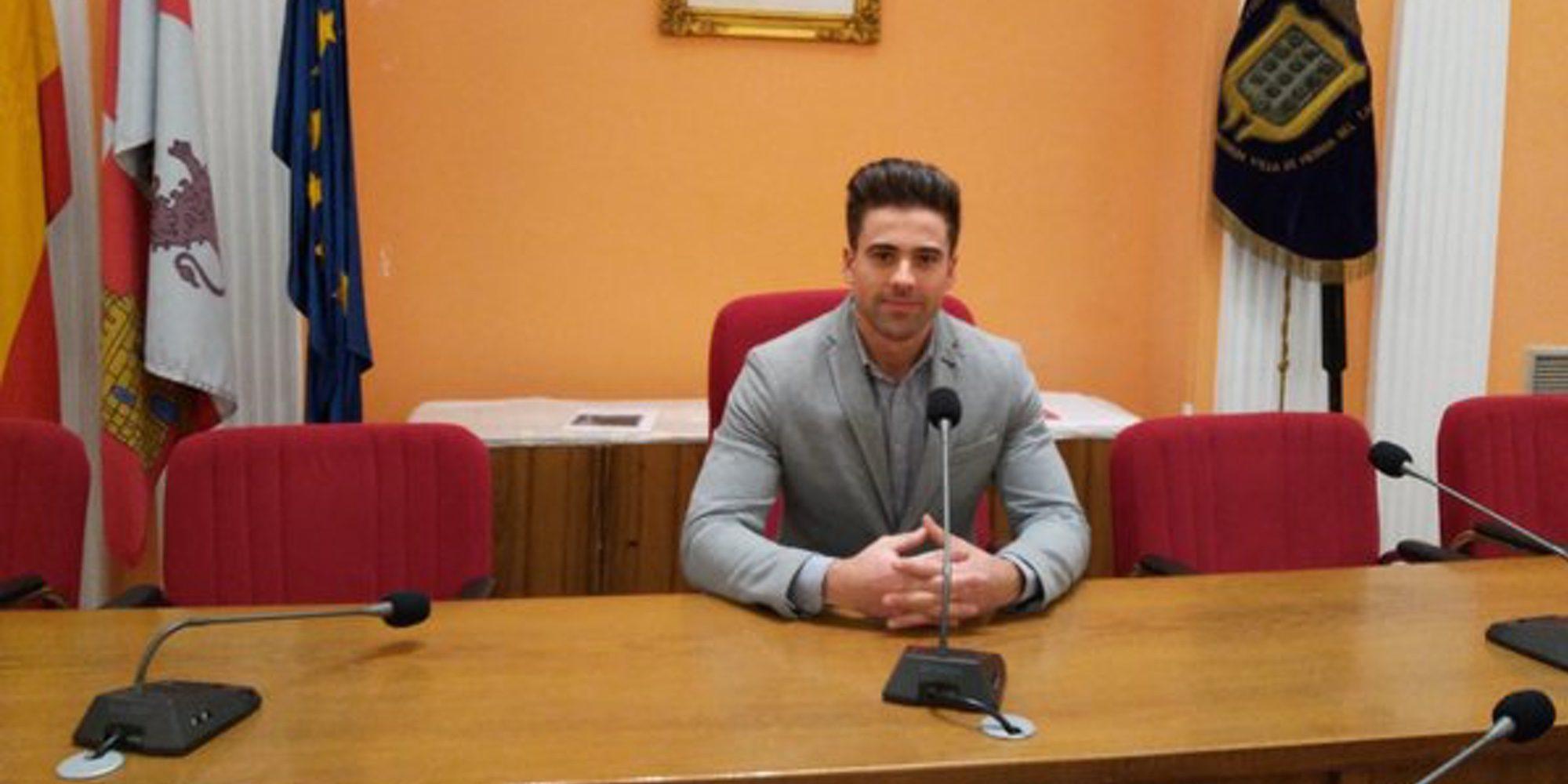 Sergio Ayala, el concejal del PP que pasó por 'MyHyV' y ahora se presenta a un certamen de belleza