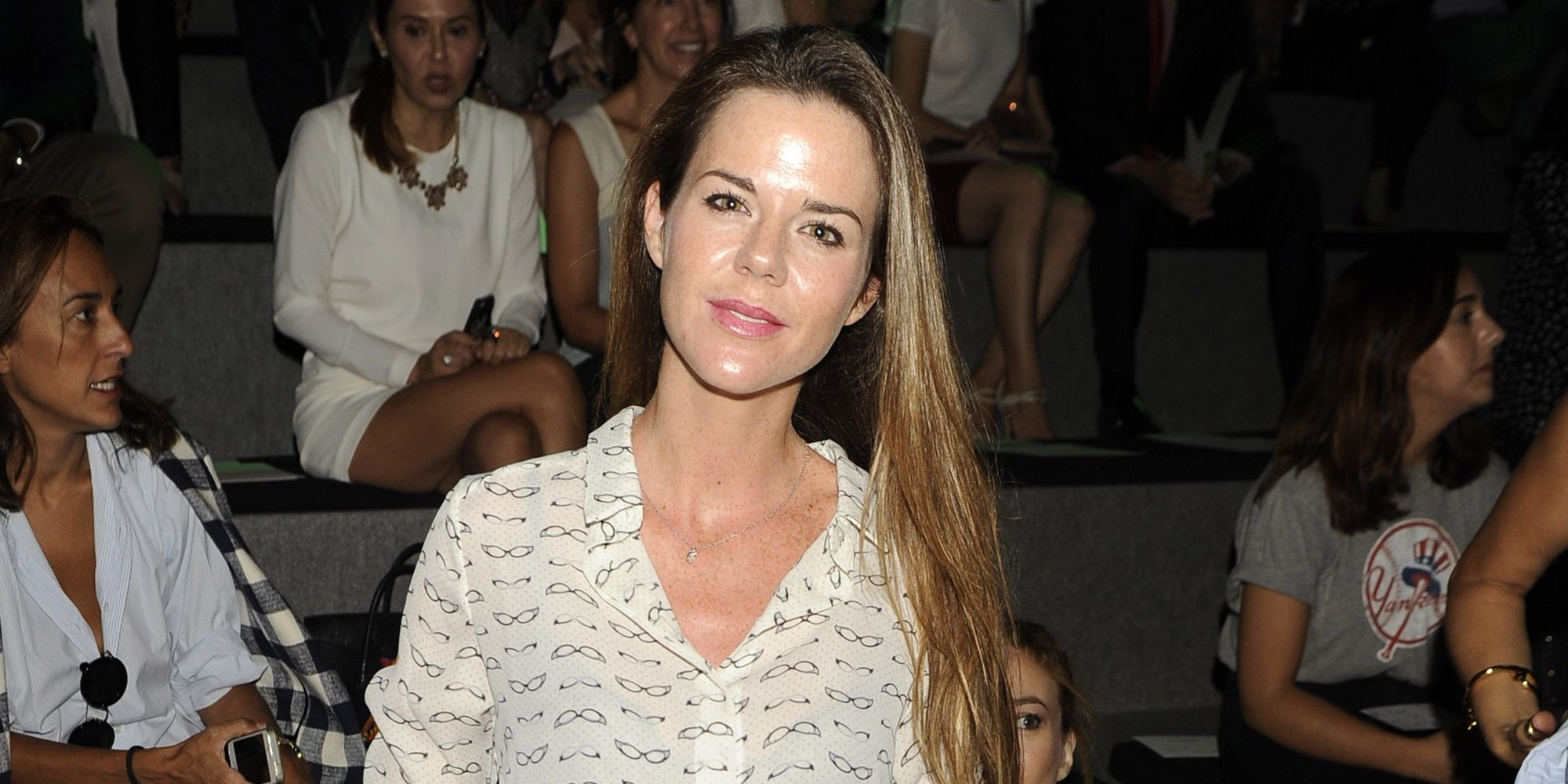 Amelia Bono presume de lo bien que han acogido sus hijos al recién nacido Jaime