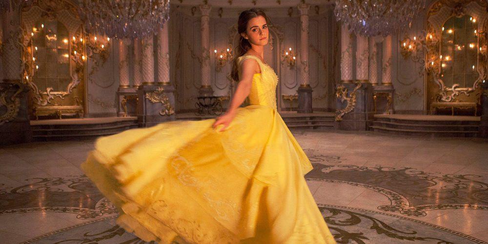 Una muñeca desvela la voz de Emma Watson cantando en 'La Bella y la Bestia'
