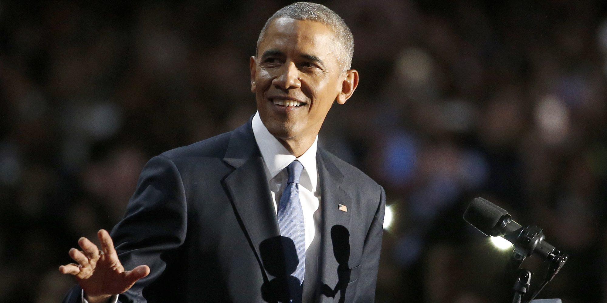 Barack Obama se despide de la Casa Blanca con lágrimas en los ojos y arropado por toda su familia