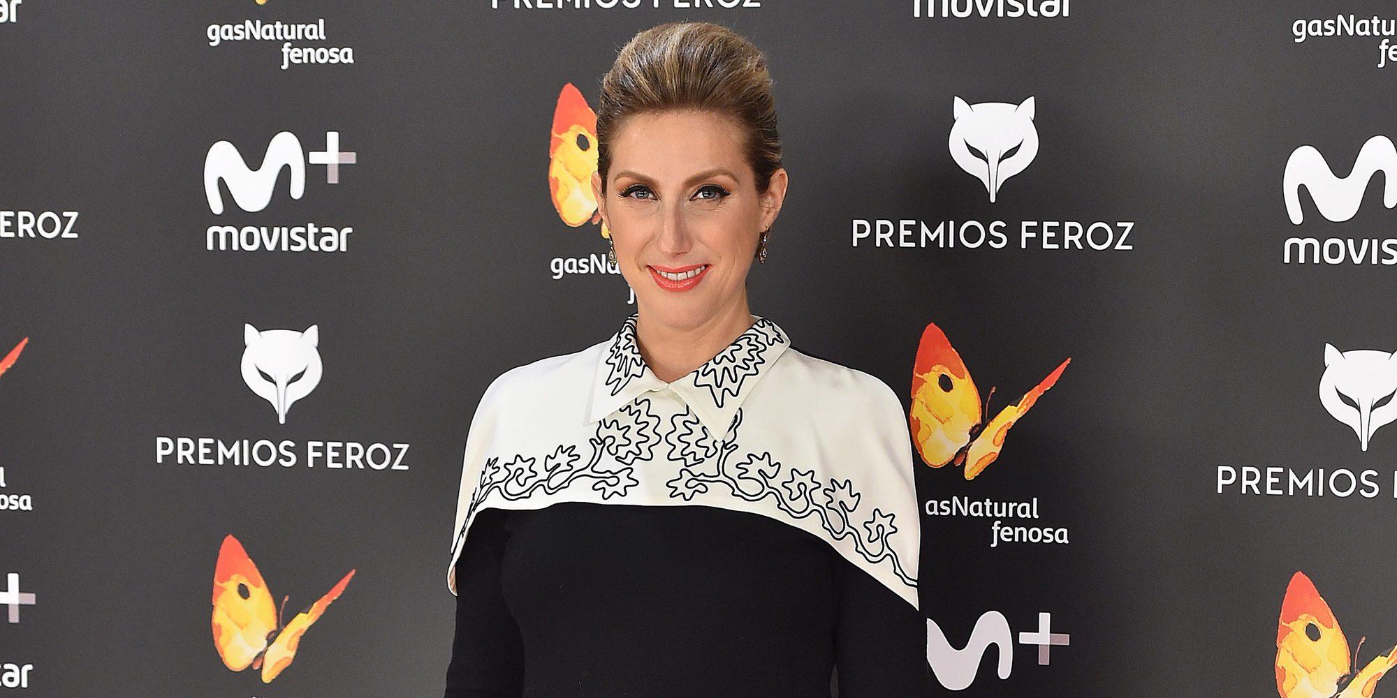 Cecilia Freire luce embarazo sobre la alfombra roja de los Premios Feroz 2017