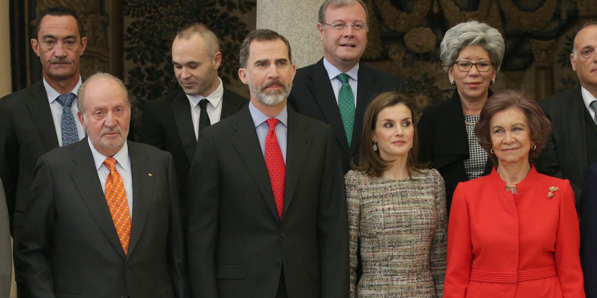 Los Reyes Juan Carlos y Sofía y el Rey Felipe y la Reina Letizia en los Premios Nacionales del Deporte