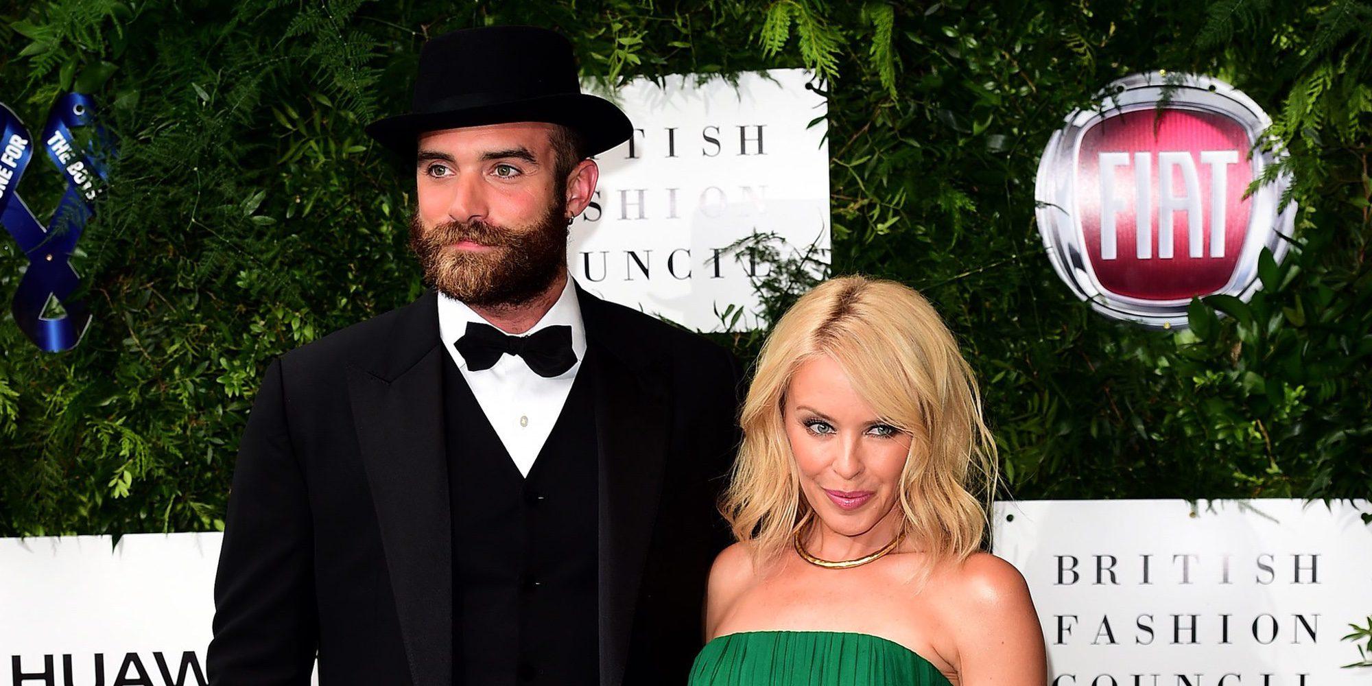 Kylie Minogue rompe su compromiso con Joshua Sasse
