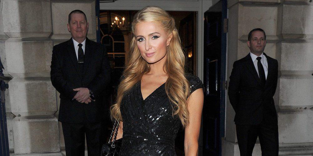 Una celebración movidita: Paris Hilton se besa con un desconocido en su fiesta de cumpleaños