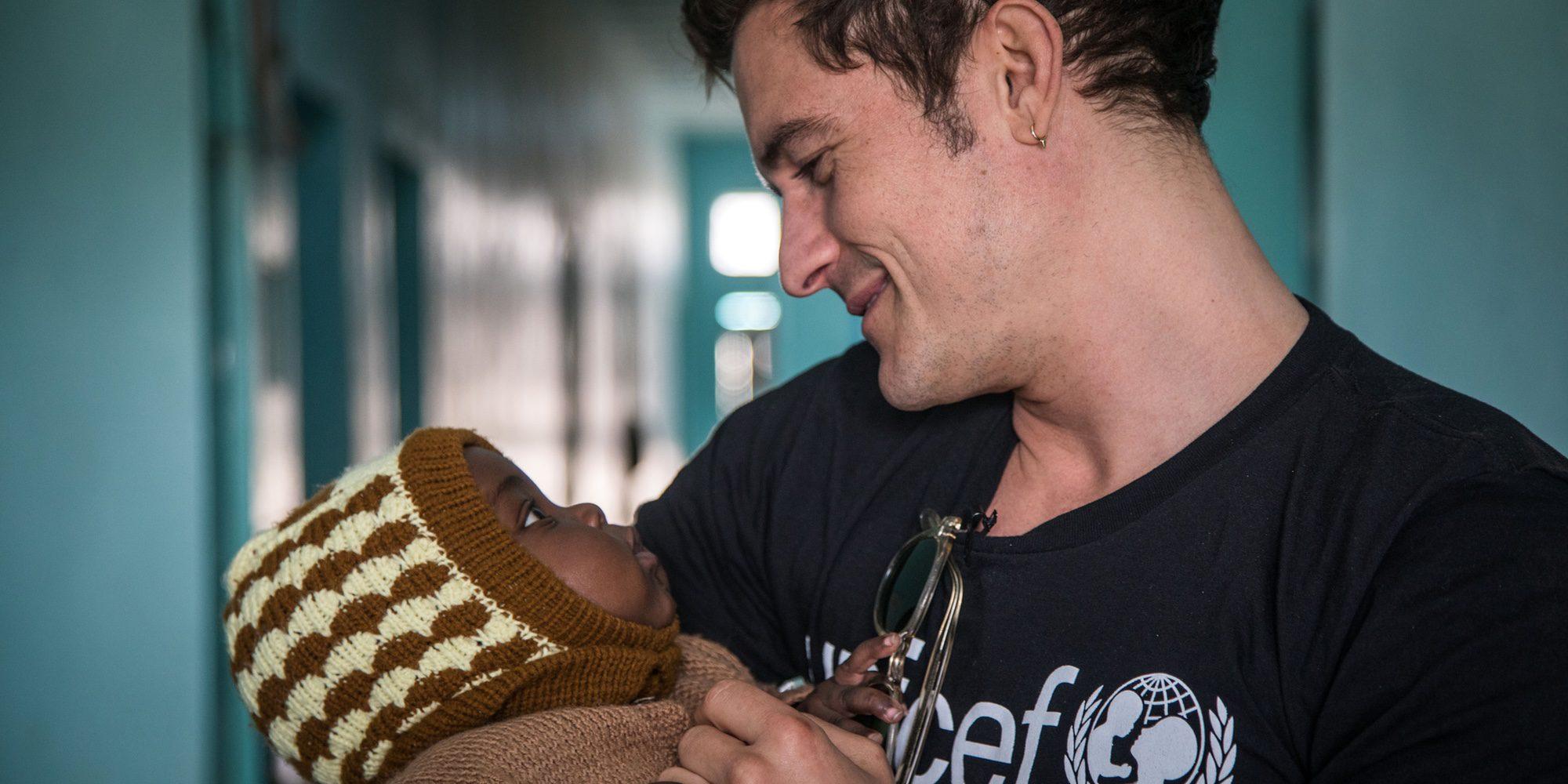 El lado más solidario de Orlando Bloom: viaja hasta Níger como Embajador de Buena Voluntad de Unicef