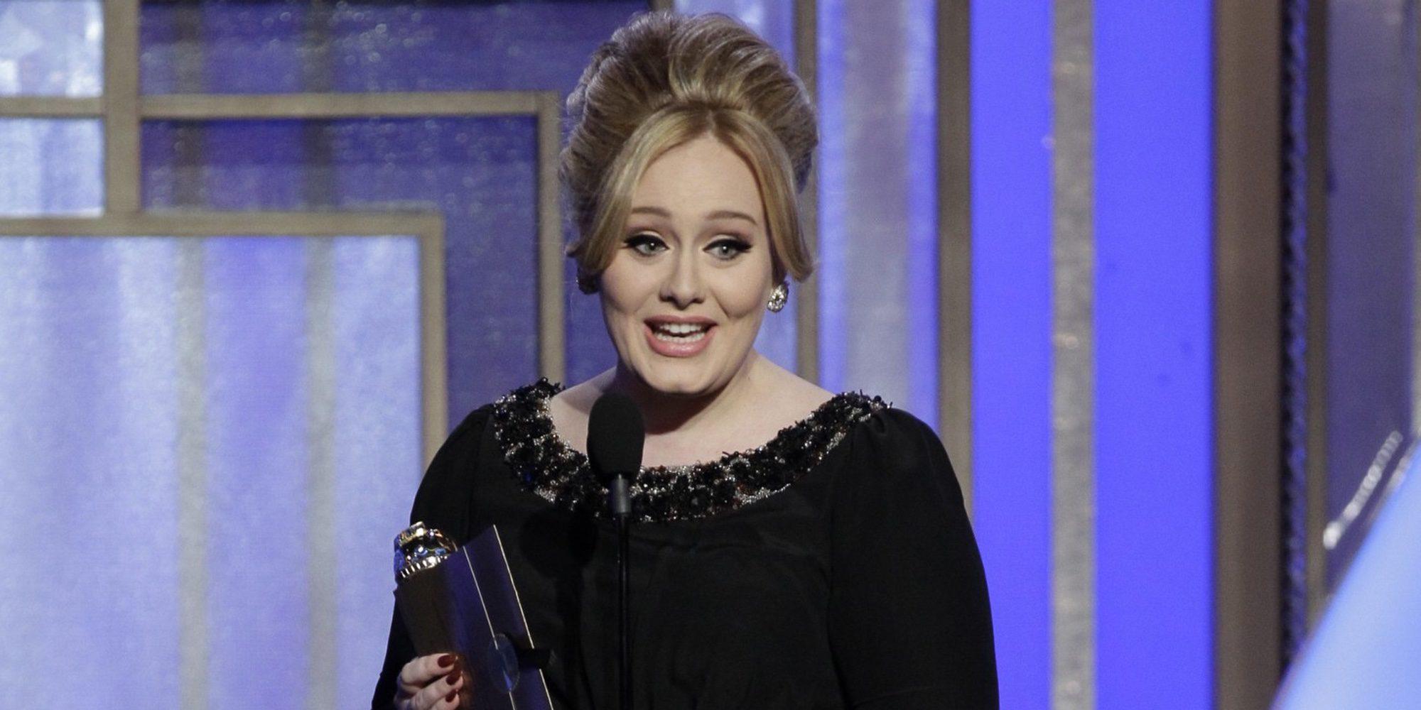 Adele se corona como la mujer que más semanas ha permanecido en la lista Billboard 200
