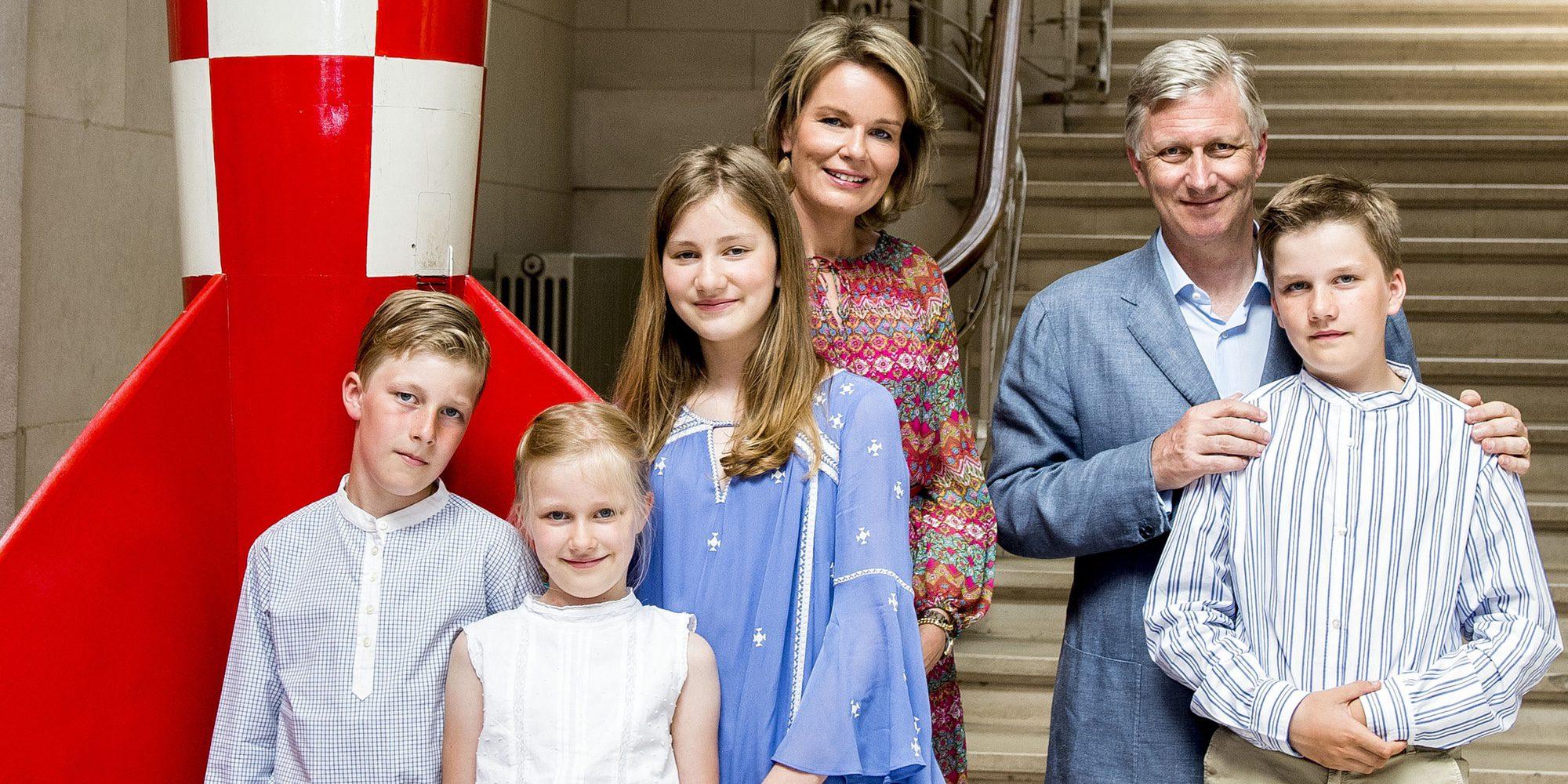 La Semana Santa más devota de Felipe y Matilde de Bélgica con sus hijos en España