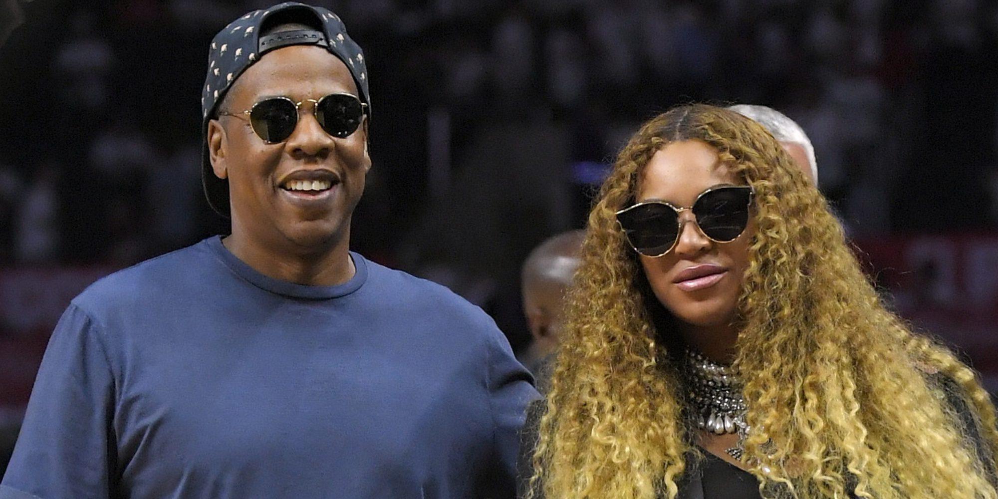 Beyoncé presume de embarazo en un partido de baloncesto junto a Jay Z en Nueva York