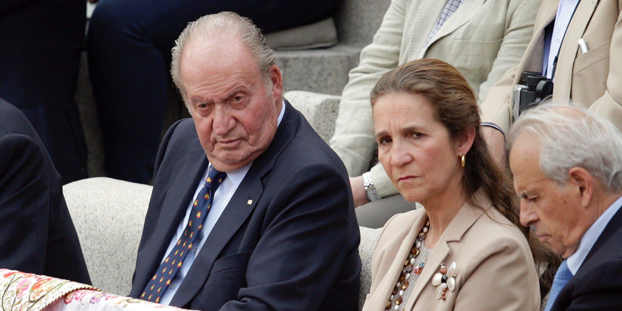 El Rey Juan Carlos, en los toros con la Infanta Elena para olvidar su aniversario con la Reina Sofía que no quiso celebrar