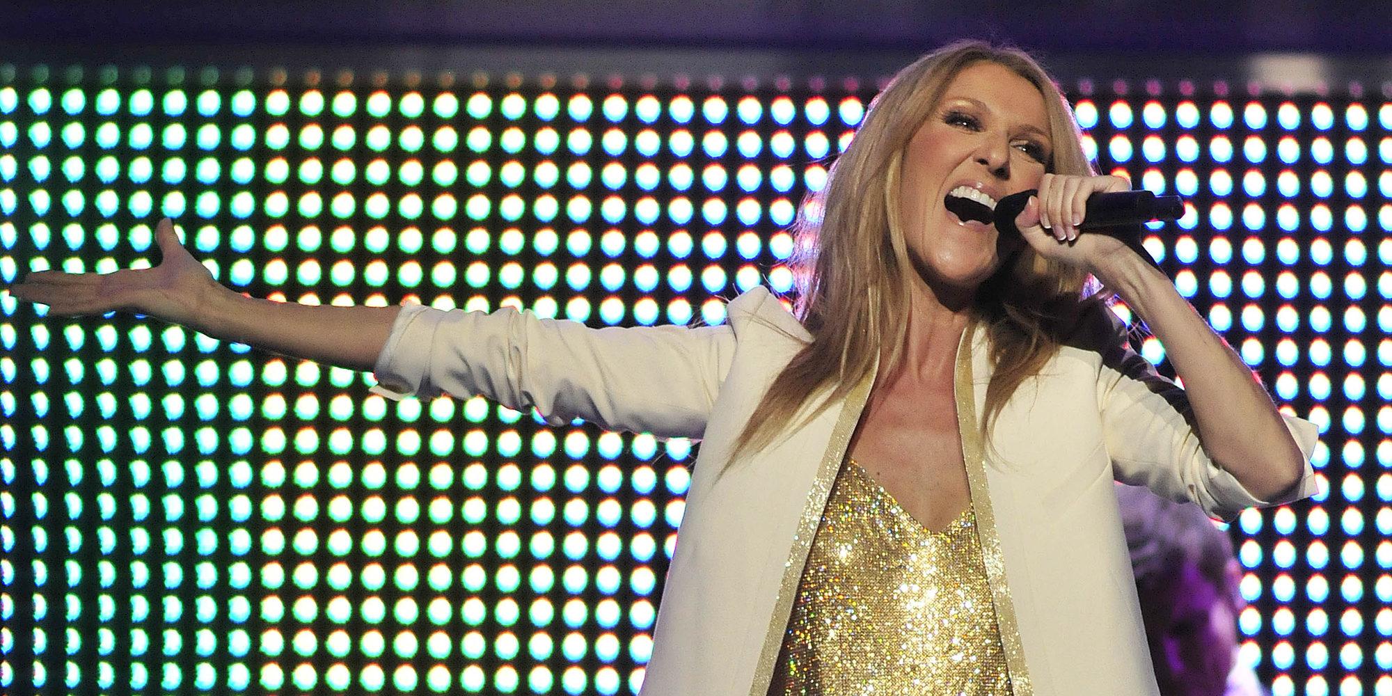 Céline Dion rinde homenaje a las víctimas del atentado de Manchester durante su concierto en Las Vegas