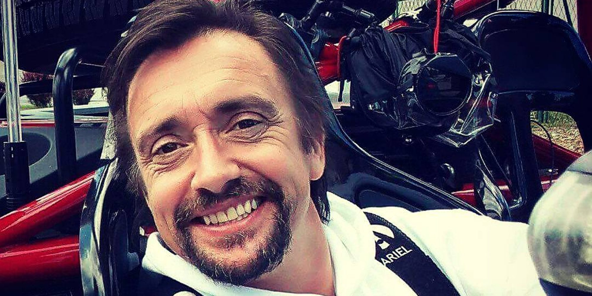 """Richard Hammond ('Top Gear') se recupera tras un grave accidente en Suiza: """"No estoy muerto"""""""