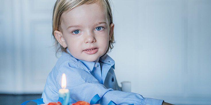 Ojos azules y mucha ternura: Así celebra el Príncipe Nicolás de Suecia su segundo cumpleaños