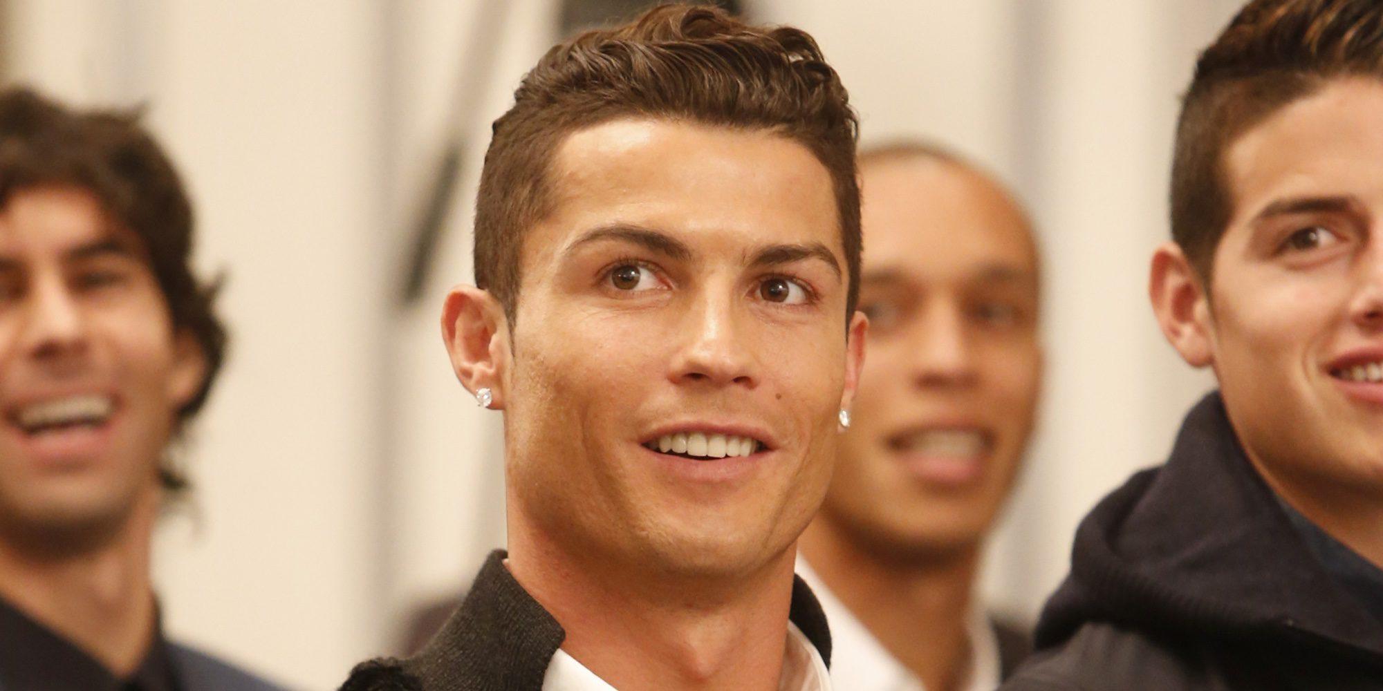 """Cristiano Ronaldo confirma su paternidad: """"Estoy contento de poder, por fin, estar con mis hijos por primera vez"""""""