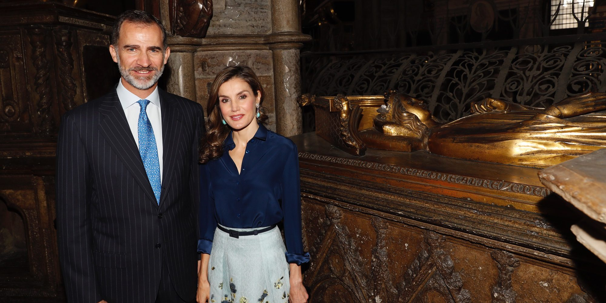 Los Reyes Felipe y Letizia 'recuerdan' a la Princesa Leonor en su visita a la Abadía de Westminster con el Príncipe Harry