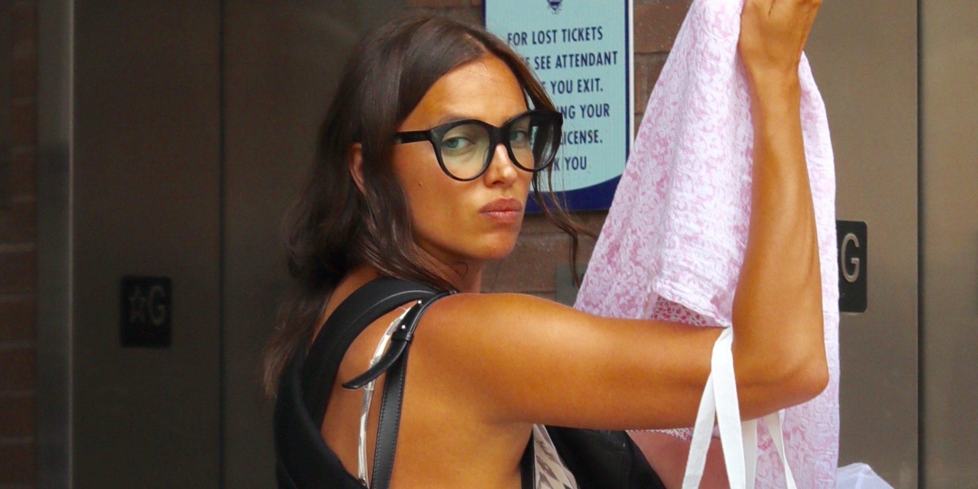 Irina Shayk oculta a su hija Lea bajo una manta durante un paseo por Beverly Hills