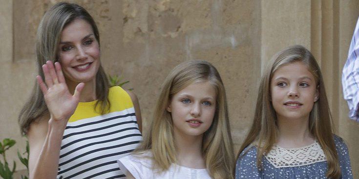 La Reina Letizia pidió a Carolina Marín que enseñara bádminton a la Princesa Leonor y a la Infanta Sofía