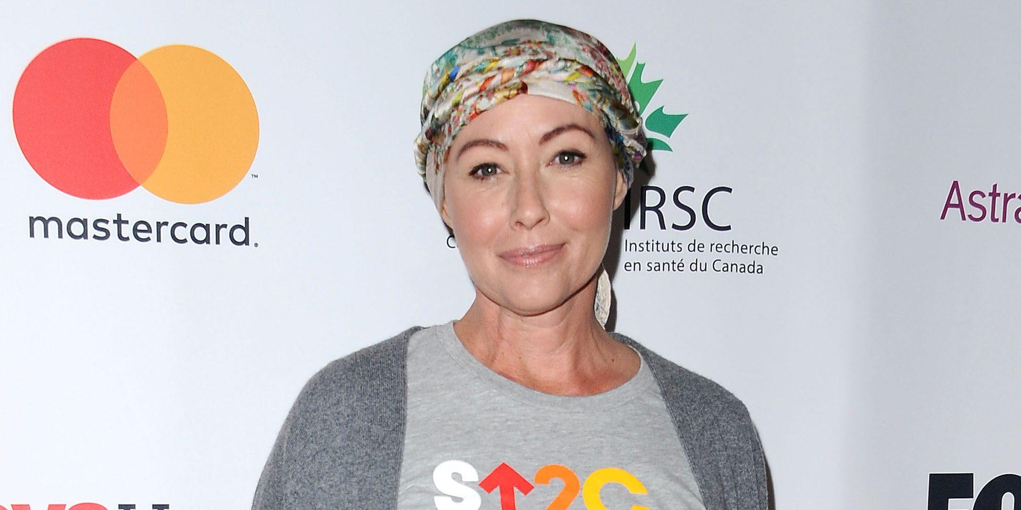 Shannen Doherty vuelve a los set de rodaje tras retirarse por el cáncer que padecía