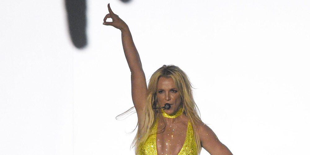 El mayor susto de Britney Spears: Un hombre armado se sube al escenario en uno de sus conciertos