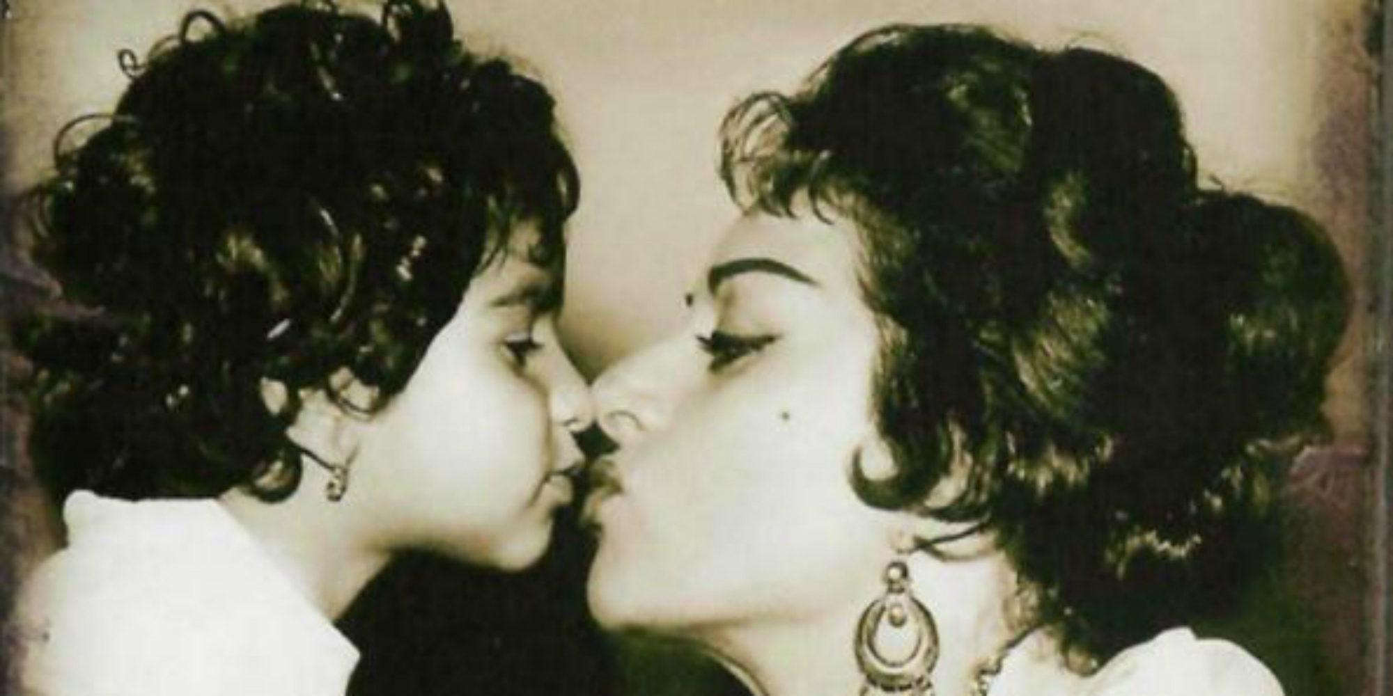 Lolita recuerda a su madre Lola Flores para acabar con la polémica por su beso con Elena Furiase