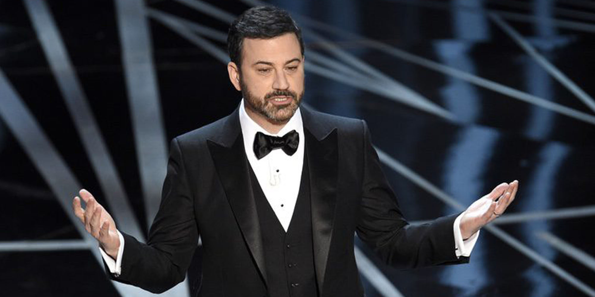 """Jimmy Kimmel habla de la enfermedad de su hijo: """"Está mejor y parece ser fuerte"""""""