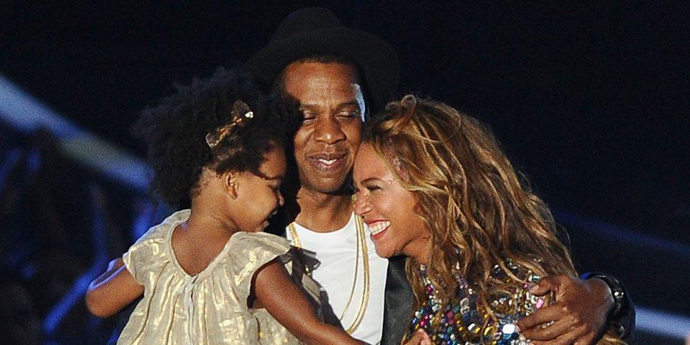 Beyoncé y Jay Z, pillados con sus gemelos Rumi y Sir en una jornada de piscina en familia