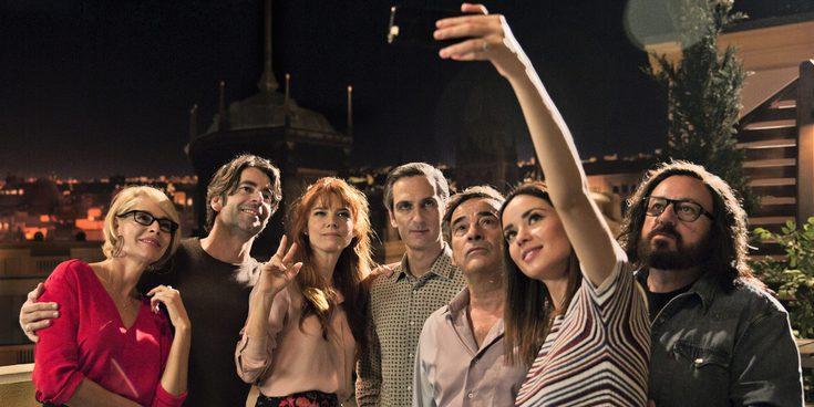 'Perfectos desconocidos', la nueva película de Álex de la Iglesia que habla de los secretos de pareja