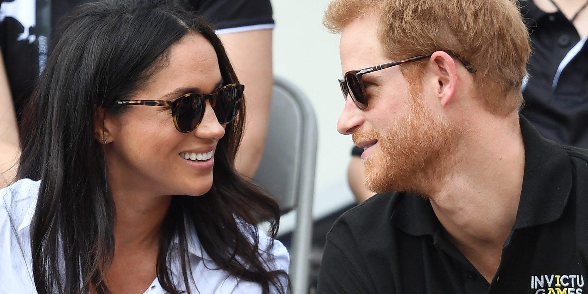 El Príncipe Harry de Inglaterra y Meghan Markle anuncian su compromiso