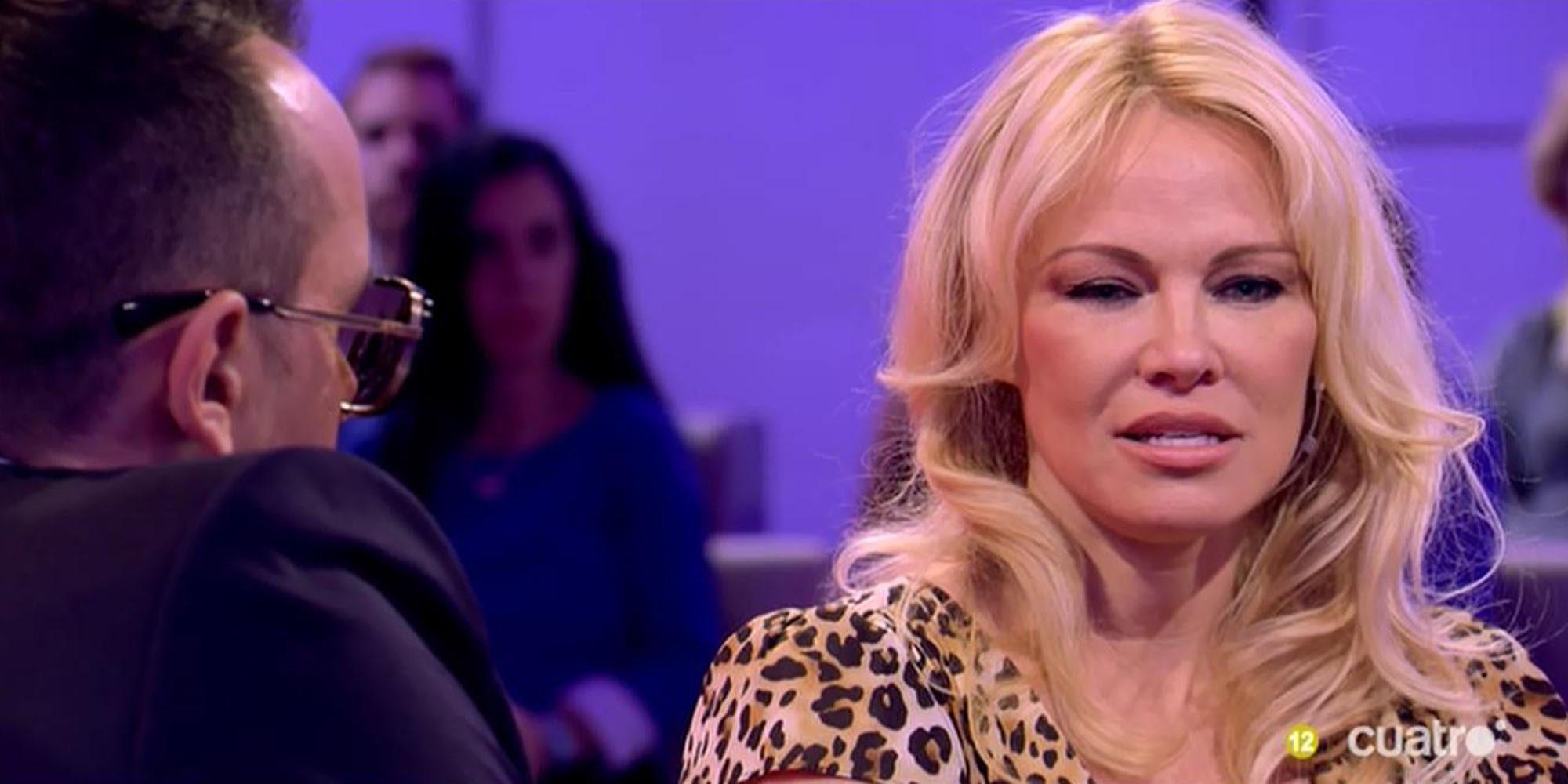 """Pamela Anderson: """"Espero que el pueblo catalán pueda decidir todo esto y vivir como quiera vivir"""""""