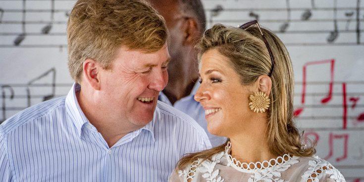 Los Reyes de Holanda finalizan su viaje oficial a las islas de las Antillas holandesas entre tambores y buceo