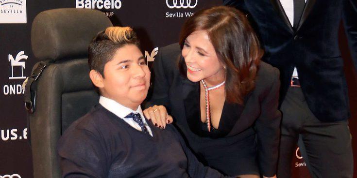 Isabel Gemio presume de hijos por primera vez en la entrega de los Premios Ondas 2017