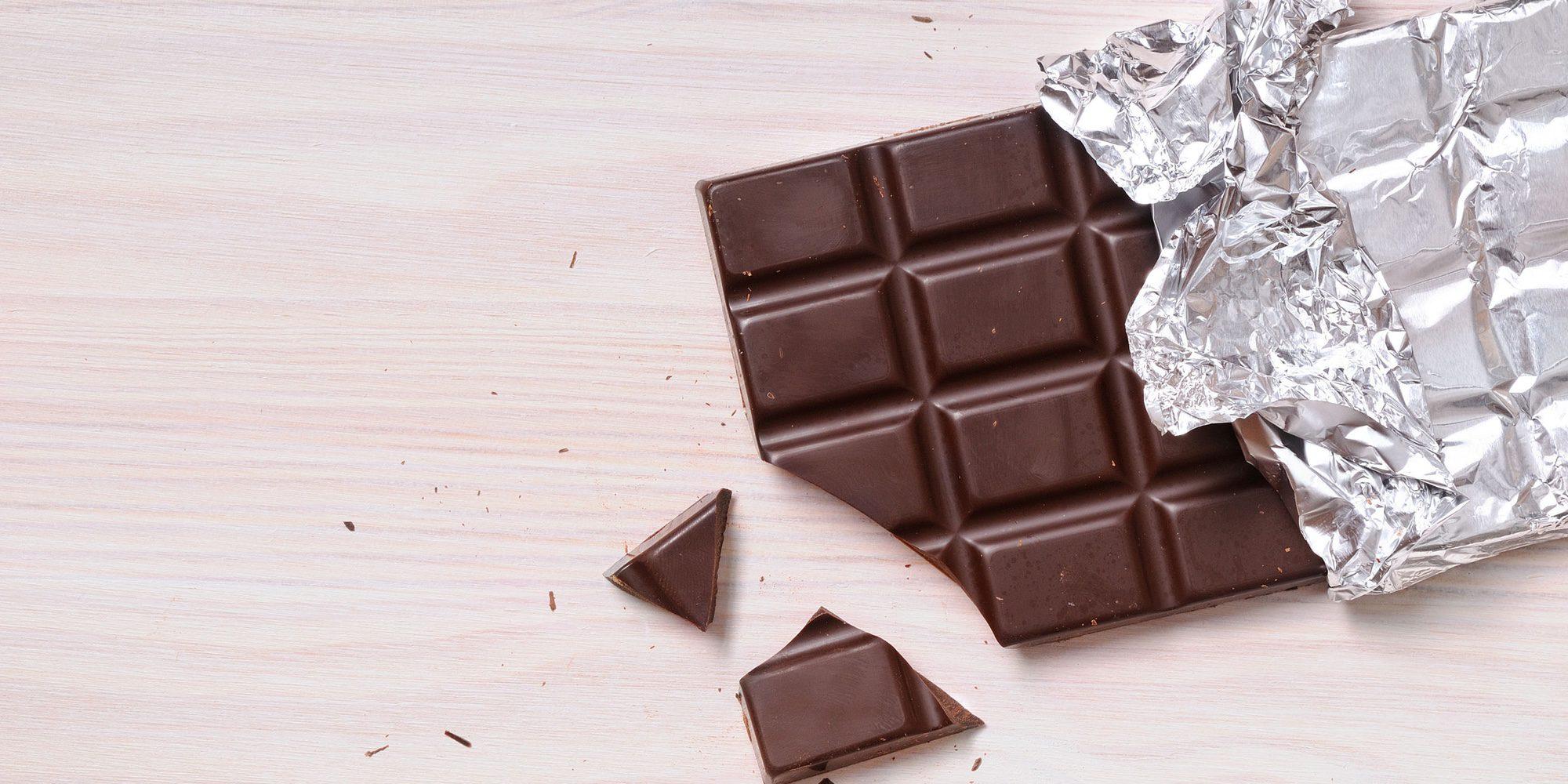 El chocolate tiene más azúcares añadidos que los refrescos