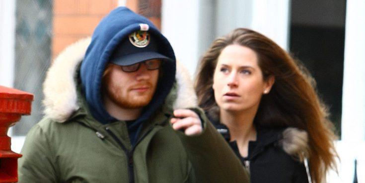 Ed Sheeran se ha prometido con Cherry Seaborn