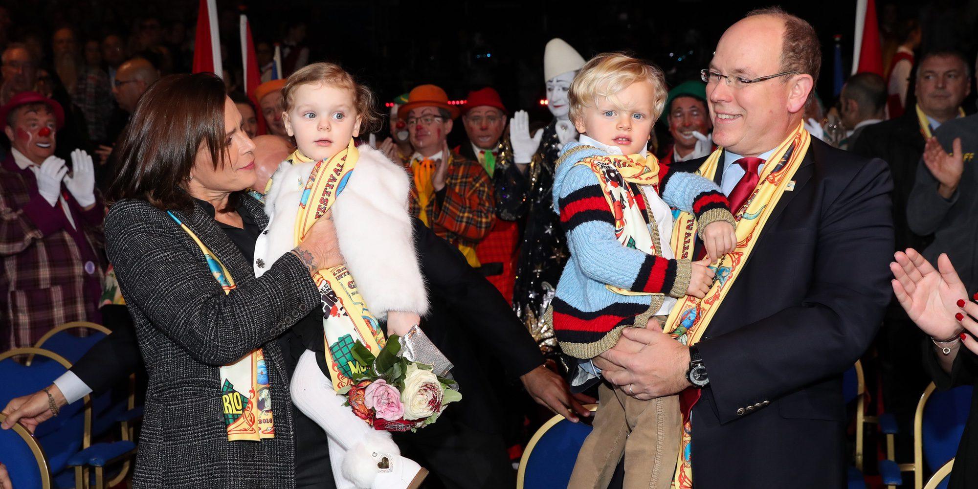 Jacques y Gabriella de Mónaco, emocionados en su primera visita al Festival de Circo de Monte-Carlo