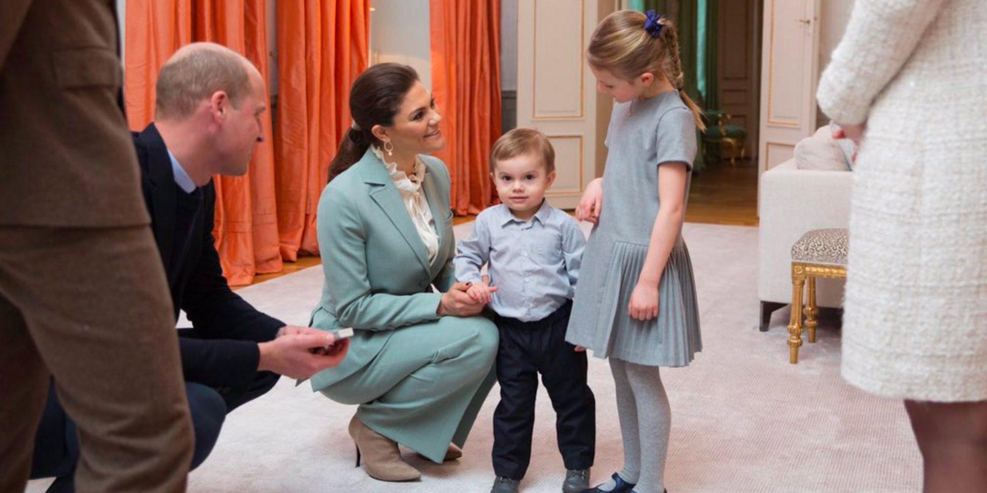 Estela y Oscar de Suecia conquistan al Príncipe Guillermo y Kate Middleton en su visita al Palacio de Haga
