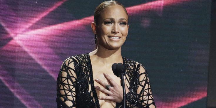 De Estados Unidos a Puerto Rico: J.Lo sigue triunfando con 'Amor, amor, amor'
