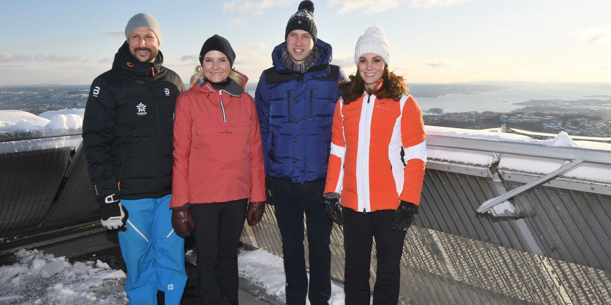 Los Duques de Cambridge disfrutan de la nieve en su último día en Noruega