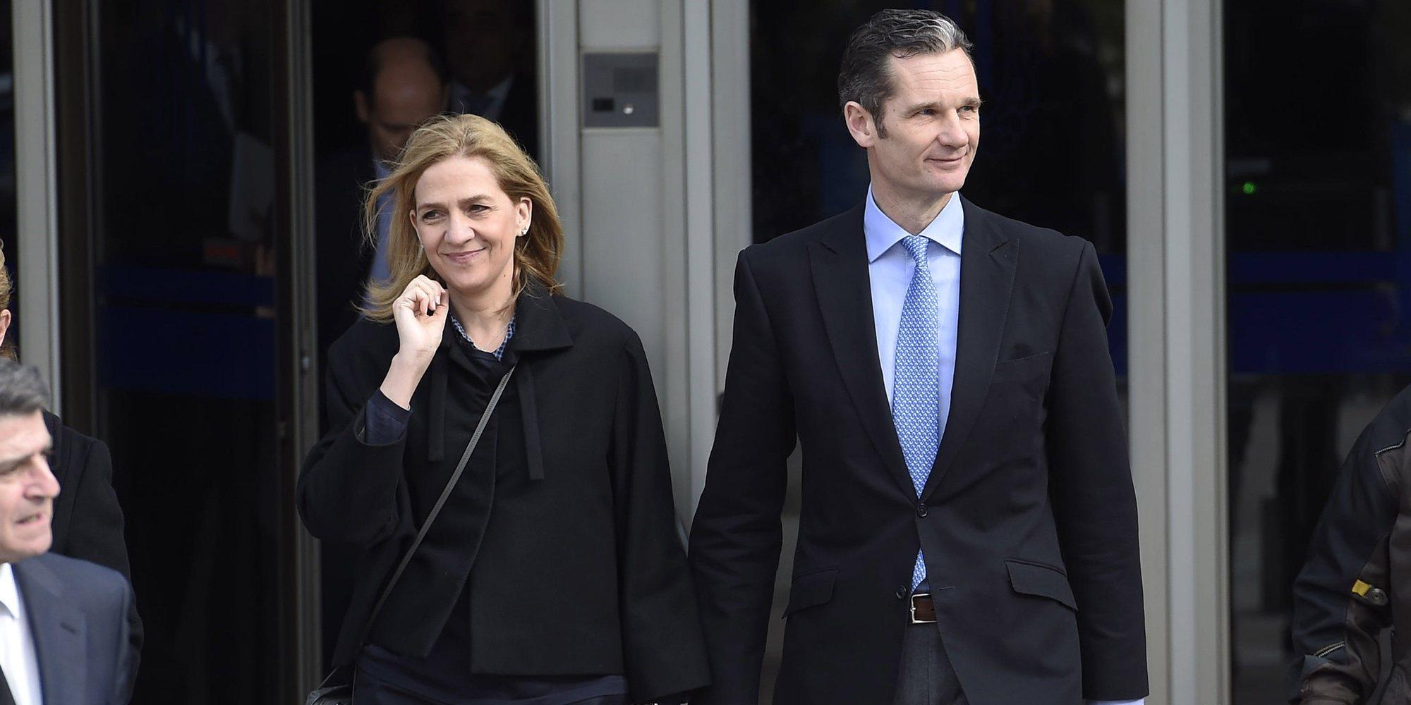 La Infanta Cristina e Iñaki Urdangarin, felices y unidos en un partido de balonmano en Suiza