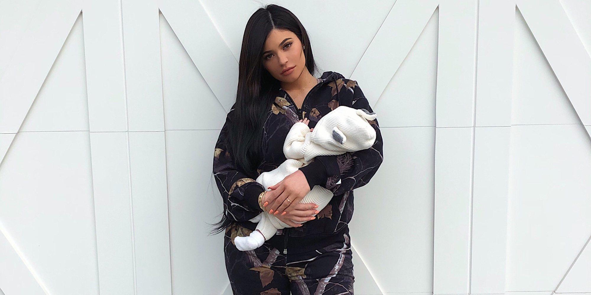Kylie Jenner comparte la primera foto de cara de su hija Stormi