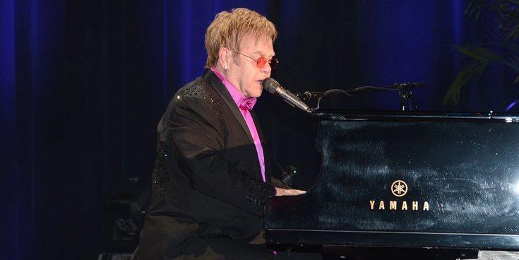 "Elton John, ""muy impresionado"" tras escuchar cantar a Taron Egerton las covers para su biopic"