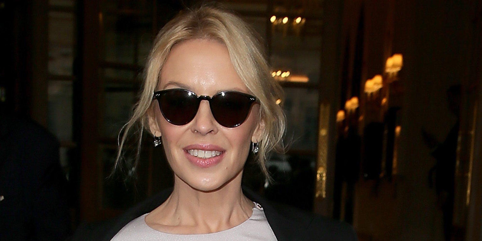 """Kylie Minogue prefiere ser soltera: """"Estar comprometida era como un experimento, nunca me imaginé casada"""""""