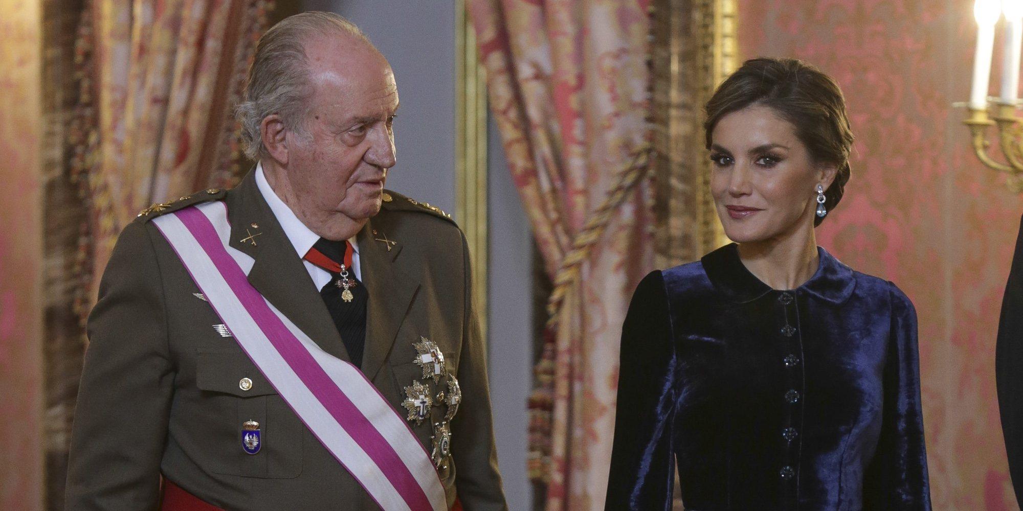 El Rey Juan Carlos estalla contra la Reina Letizia tras la humillación a la Reina Sofía