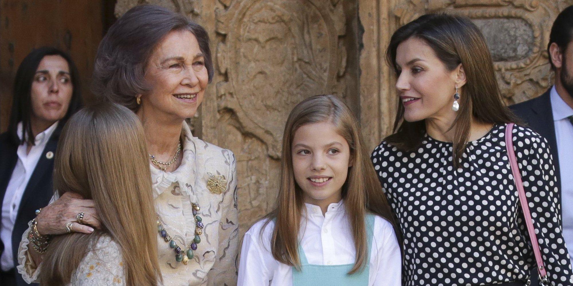 Un nuevo vídeo permite ver la cara de la Reina Letizia mientras increpa a Doña Sofía en la Misa de la Pascua