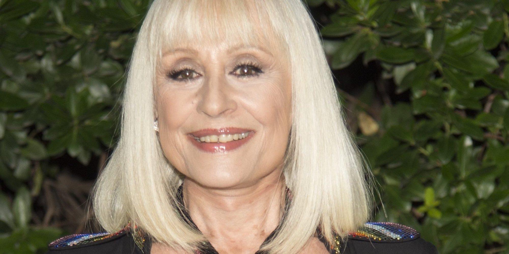 Raffaella Carrà emociona a Loles León y a Rappel en 'Volverte a ver'