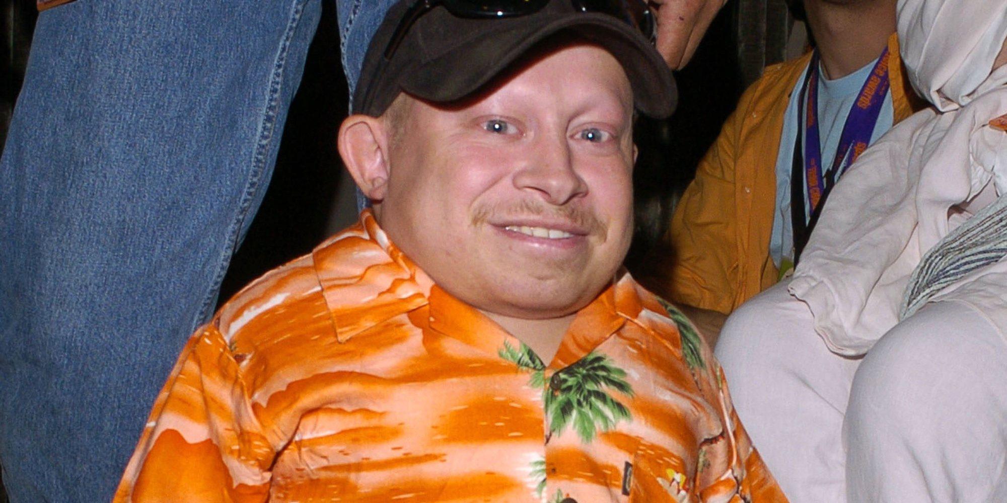 Muere Verne Troyer, conocido por su papel en 'Austin Powers', a los 49 años
