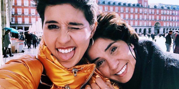 Alejandra Castelló y Babeth Ripoll conmemoran el Día de la Visibilidad Lésbica proclamando su amor