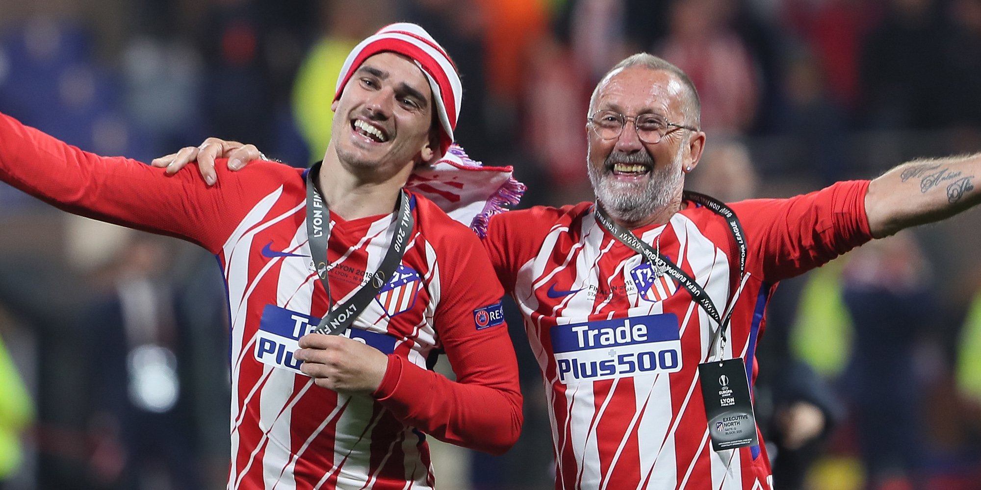 Antoine Griezmann celebra la victoria del Atlético de Madrid cuando su continuidad en el club peligra