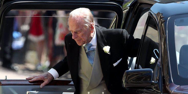 El Duque de Edimburgo reaparece muy recuperado en la boda del Príncipe Harry y Meghan Markle