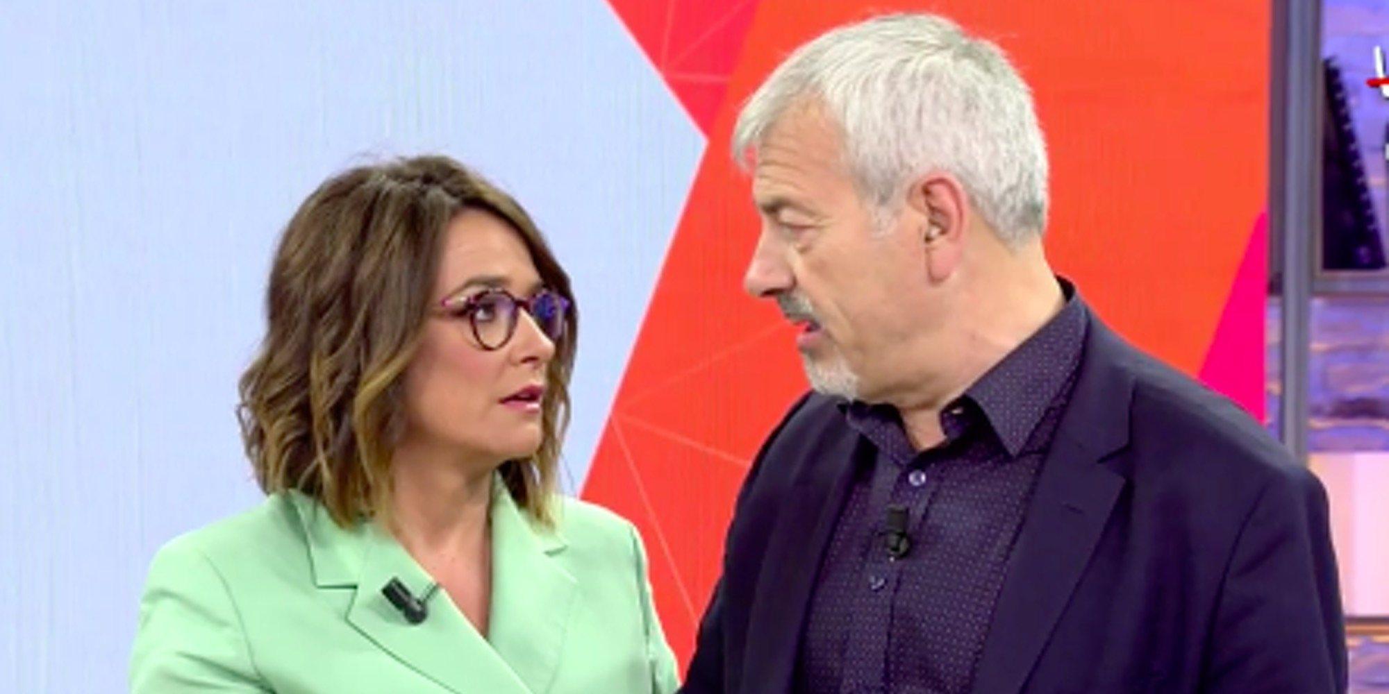 Toñi Moreno y Carlos Sobera dan rienda suelta a su amor con un beso en 'Viva la vida'